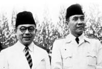 Soekarno dan Hatta mendapat gelar pahlawan