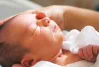 merawat bayi baru lahir